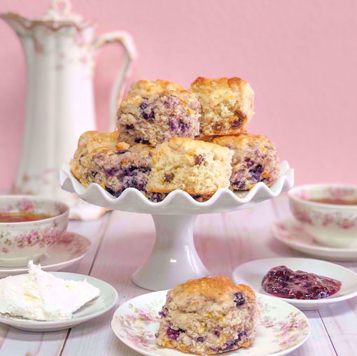 English Scones & Tea For Six by Sweet Traders
